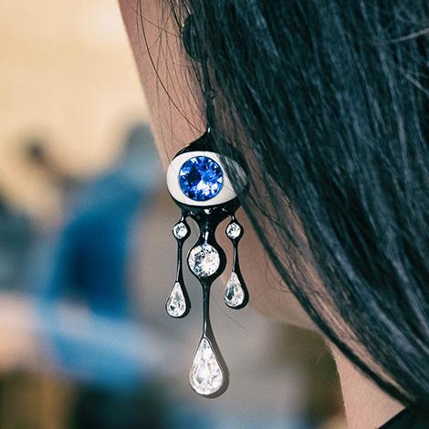 orecchino-forma-occhio