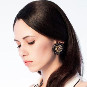 orecchini clips a fiore nero Daisyblack