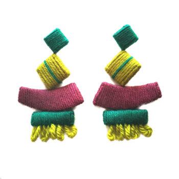 orecchini da sfilata in lana