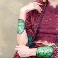 green-ribbon-indossato