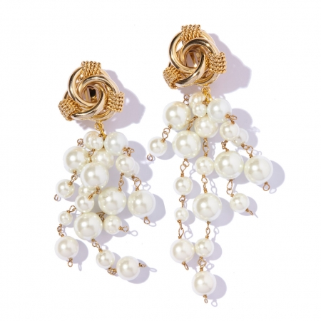 orecchini dorati nodo e perle Snowy di Silvia Ghecchi